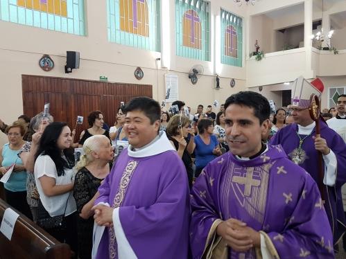 Padres mexicanos evangelizam paróquias na Casa Verde e no Tremembé