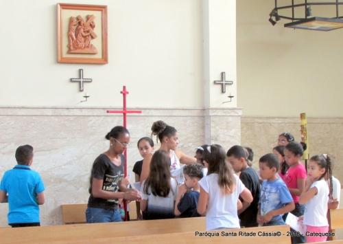 Crianças da catequese se preparam para a Semana Santa