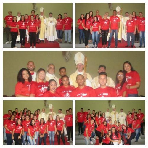 Crisma de 73 jovens e adultos na Paróquia Natividade do Senhor - Setor Jaçanã