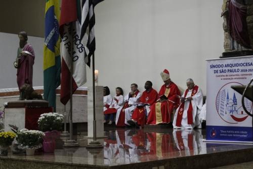 Festa de seu padroeiro com uma missa festiva celebrada por nosso querido Dom Sergio
