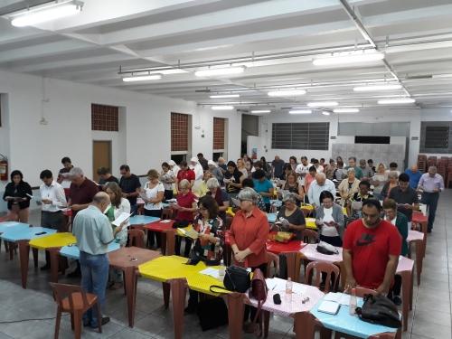 Assembleia paroquial do primeiro sínodo da arquidiocese de São Paulo