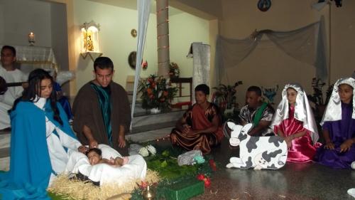 Missa do dia 24 de dezembro com encenação do Natal do Senhor Jesus Cristo