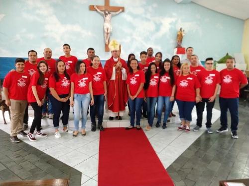 Celebração de Confirmação do Batismo, onde 22 jovens e adultos receberam o Crisma