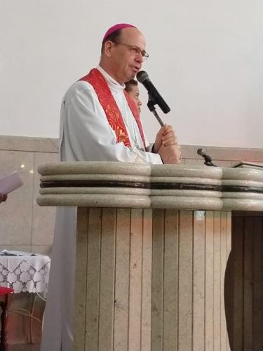Liturgia das Horas na sexta-feira Santa na Paróquia Sagrado Coração de Jesus