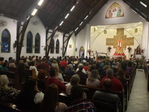 Missa festiva em honra da Santa Joana Darc