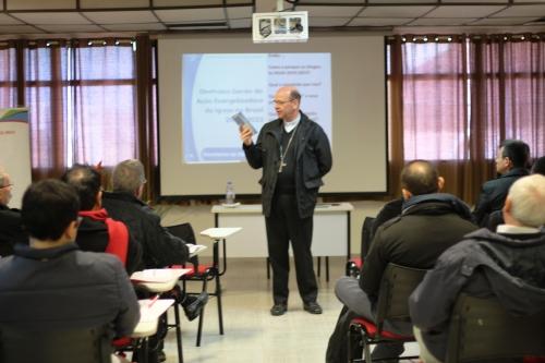 Dom Sérgio de Deus Borges, palestrou na Assembleia provincial dos Padres e Irmãos Paulinos