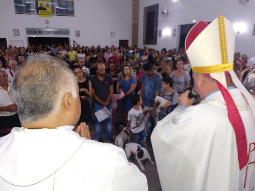 Dom Jorge Pierozan celebrou a Santa Eucaristia na Capela de São Francisco