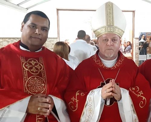 Posse Canônica ao Novo Pároco da Paróquia Santa Rita de Cássia