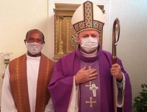 Missa de apresentação do novo Vigário Pe. Almir Urbano dos Santos, MS.